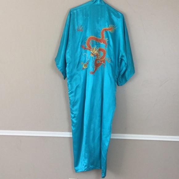 e80c72b4b6 Golden Dragon Other - Kimono 100% Silk Vintage Dragon Snake Embroidered